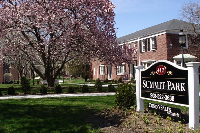Summit, NJ 07901